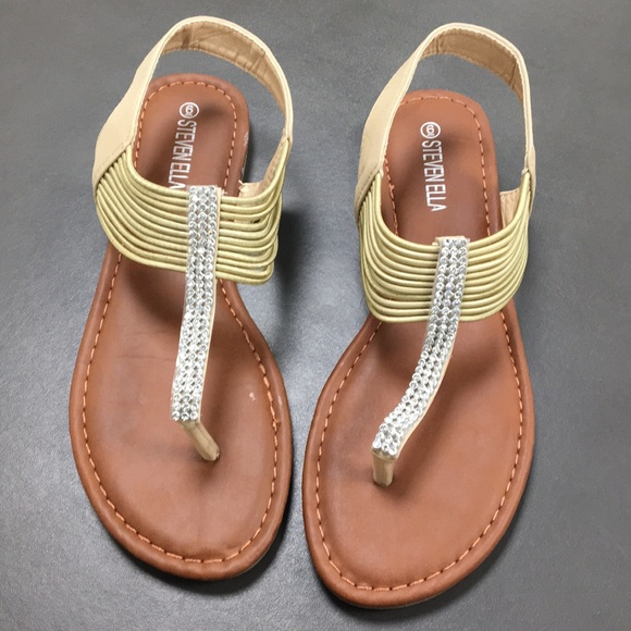 e276de0258e3c NEW Never Worn Steven Ella Size 6 Sandals
